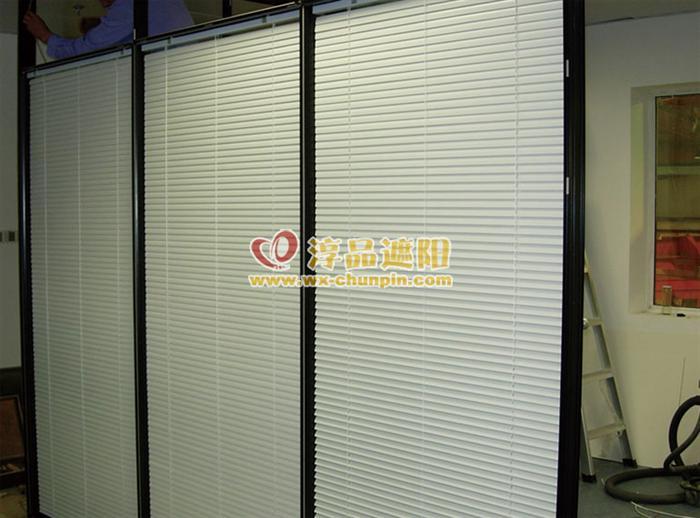 CP3500电动铝百叶帘